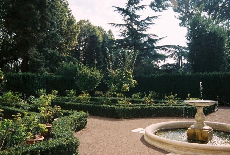 villa-farnesina-rebecca-price-butler